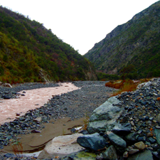 Proyectos de extracción y procesamiento de áridos de ríos